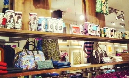 Store gallery custo